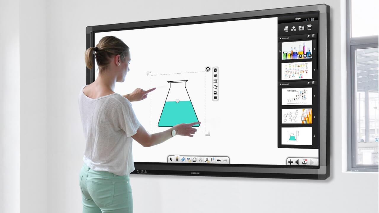 Ecran interactif tactile : la technologie en passe de remplacer le tableau blanc
